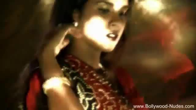 Moody dancing from erotic india